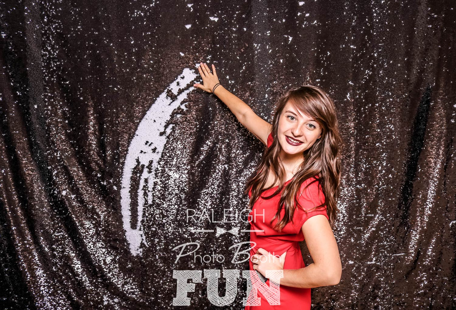 White-Black-Sequin-Raleigh-Photo-Booth-2